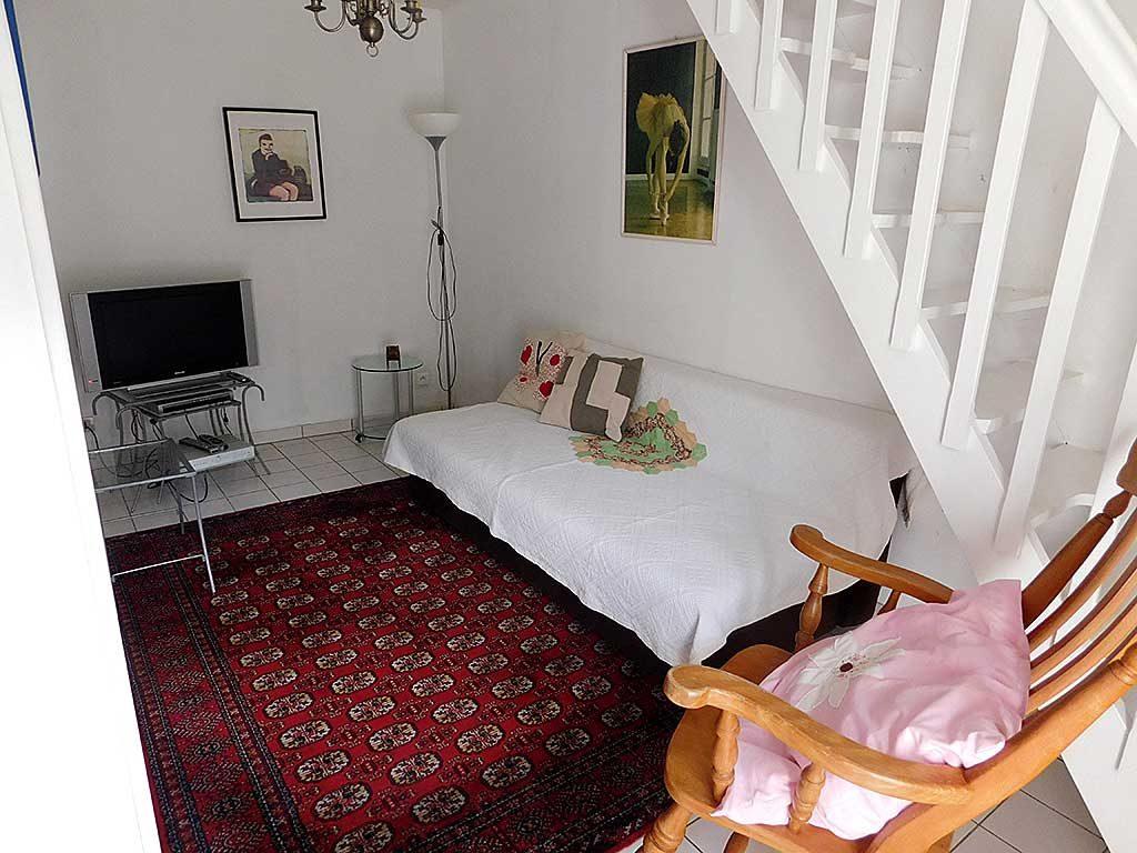 Normandy holiday cottage Gite du Parc - tv room | Normandie Calvados gite location vacances salle de television