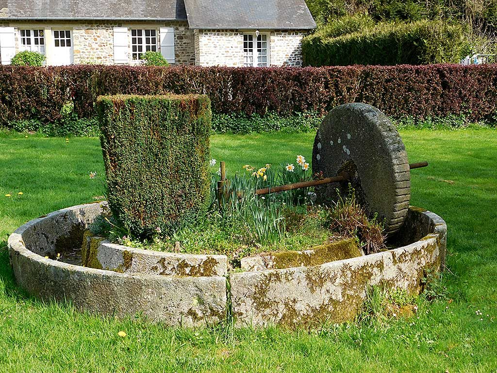 Gite du Parc -Calvados Normandy | pressoir de cidre ancien | old cider press