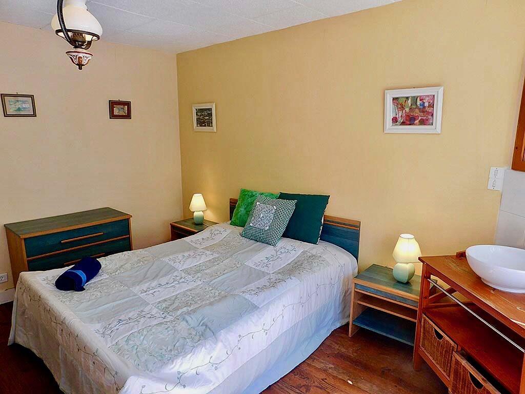 Calvados Normandy holiday cottages | gite du cadran solaire bedroom 2