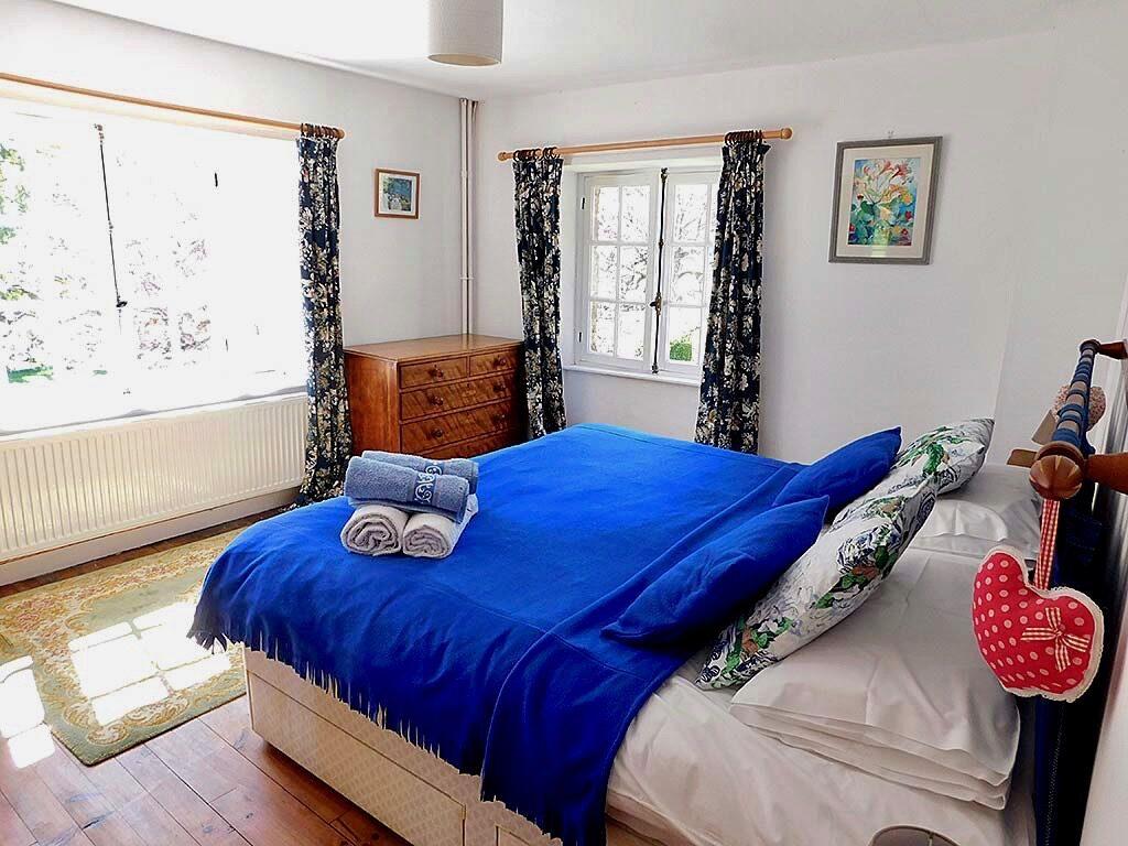 Calvados Normandy holiday cottages | gite du cadran solaire bedroom 1